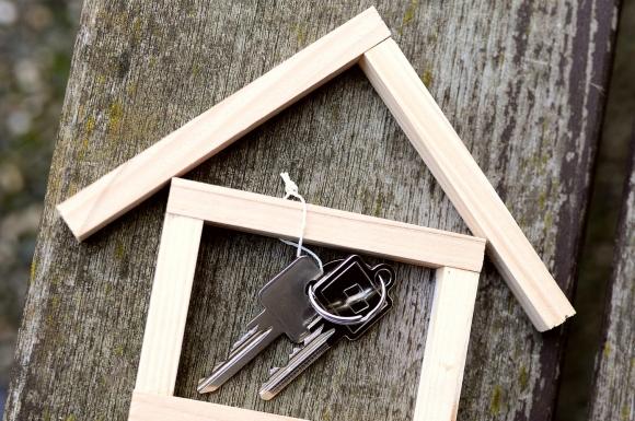 Após o divórcio, o ex tem que pagar aluguel?