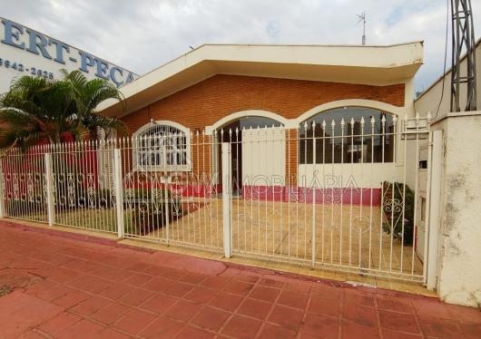 Imóvel Comercial/Residencial na Avenida Antônio Paschoal